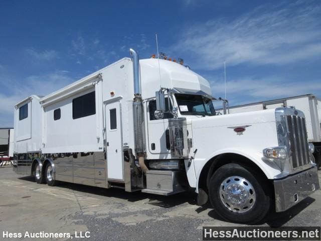 2008 PETERBILT 389 KINGSLEY MOTORCOACH Truck Camper