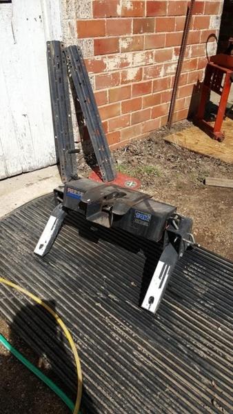 10_4 Jayco Designer Motorhome on slide breakdown, wall construction, class hydraulic lift sys,