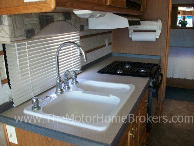 2004 Tiffin Allegro 28 W 2 Slide Outs Class A Motorhome