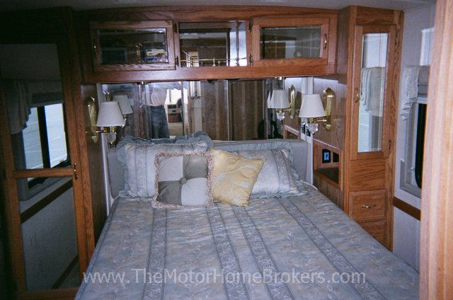 2001 Airstream Land Yacht 360 Xc Diesel Pusher Class A