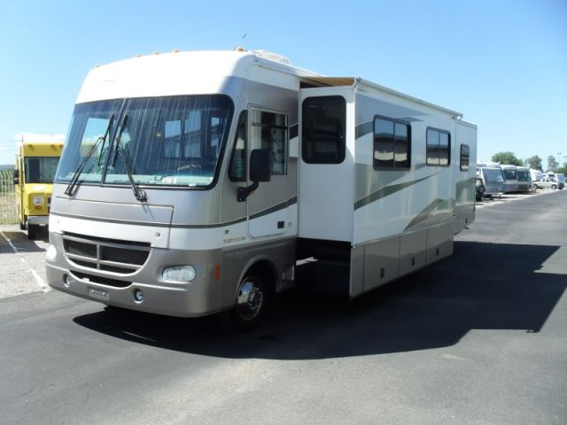 2002 Fleetwood Southwind 37 Motorhome Two Huge Slides