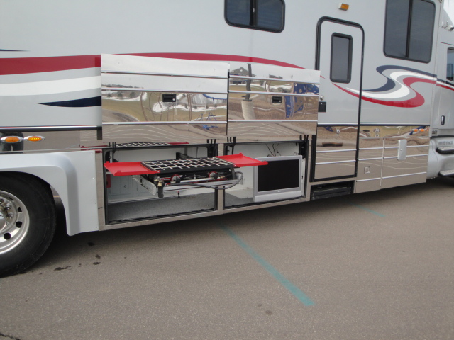 2003 kingsley coach custom with garage class a motorhome for Custom rv garages