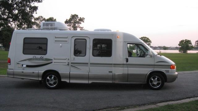 Model 1996 Winnebago Rialta 21RC  EBay