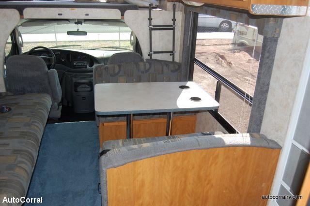 2004 Fleetwood Tioga Super Duty Chassis Class C Motorhome