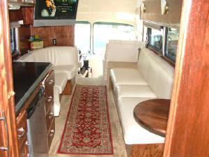 Silver Eagle Entertainer Bus Bus Conversion