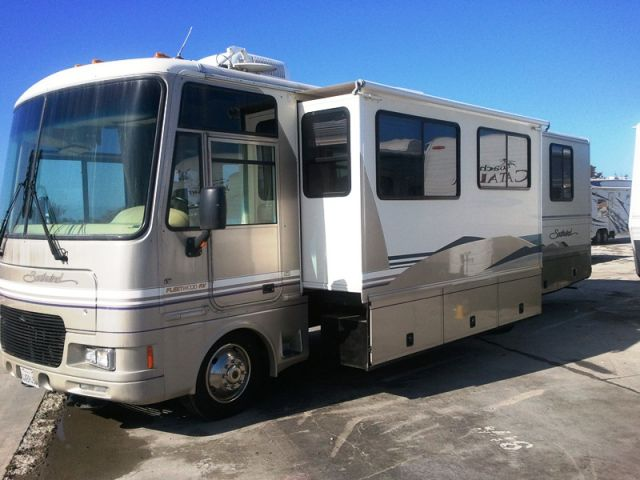 2000 Fleetwood Southwind 32v In California Class A Motorhome