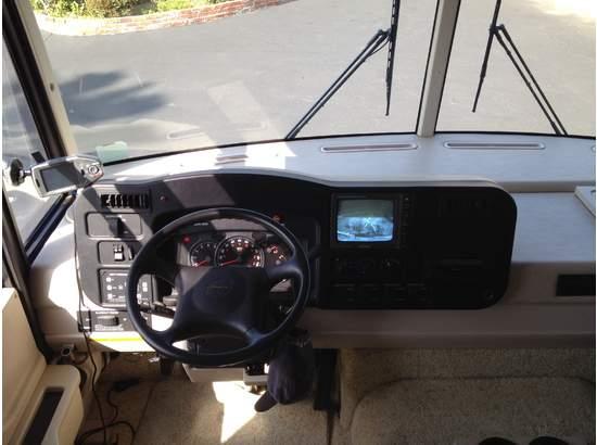2004 Winnebago Brave 30W in California Class A Motorhome