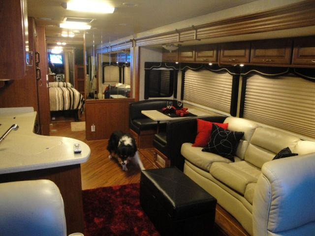 2007 Mandalay Valencia 36a In California Class A Motorhome