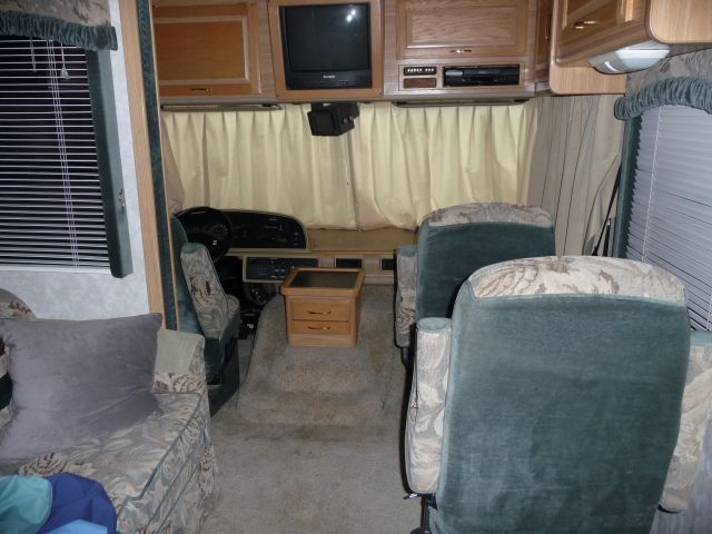 2000 Fleetwood Bounder 34d With Triton V10 Class A Motorhome