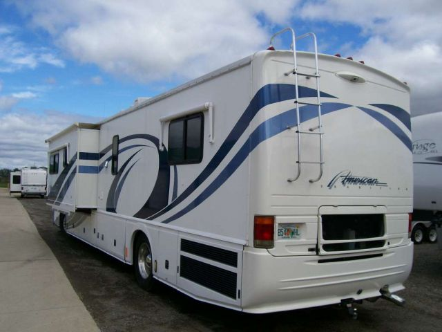 2000 American Tradition Class A Motorhome